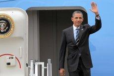 Prezydent USA Barack Obama wysiada z samolotu Air Force One,