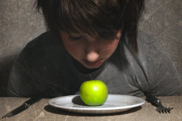 Jeść, czy nie jeść – oto jest pytanie... na które nie ma prawdopodobnie odpowiedzi. A przynajmniej zmienia się ona z prędkością światła.