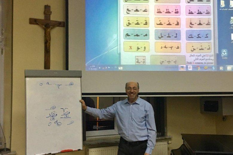 Fahed Jamal uczy Polaków języka arabskiego.