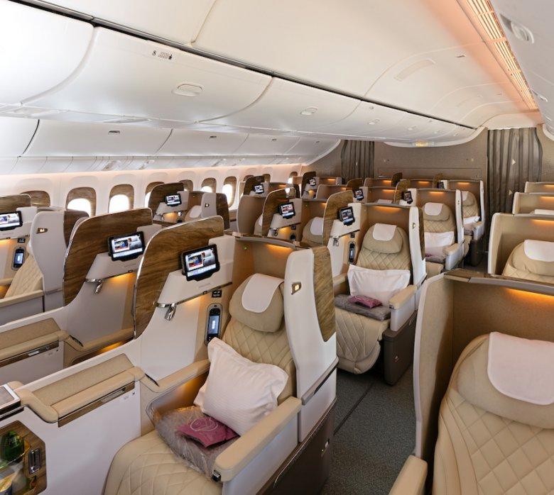 Klasa biznesowa w tym samym samolocie.