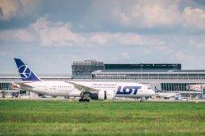 Na Lotnisku Chopina awaryjnie lądował boeing należący do LOT-u. (Zdjęcie ilustracyjne)