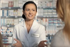 Farmaceuta to wysokiej klasy specjalista, który fachowo doradzi w sprawie leków, sprzętu medycznego, czy pomoże w drobnych problemach zdrowotnych.
