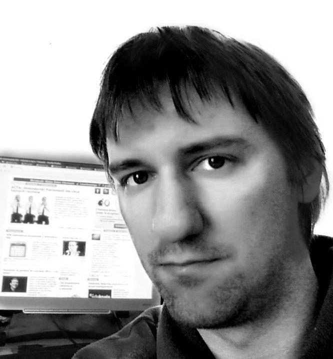 """Dziennikarz """"Dziennika Internautów"""" Marcin Maj"""