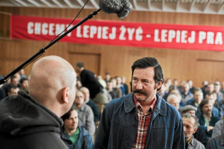 """Robert Więckiewicz na planie filmu """"Wałęsa"""" w reżyserii Andrzeja Wajdy"""