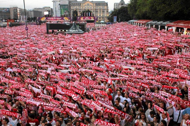 Stefy kibica zawsze pełne są fanów piłki nożnej.