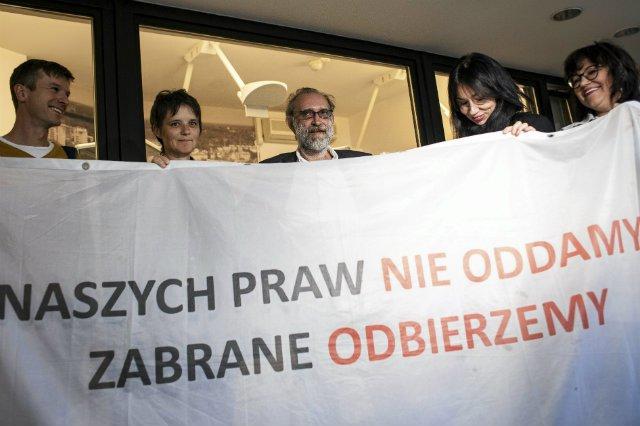Czwórka Obywateli RP została oskarżona o wtargnięcie na teren Sejmu. Zostali uniewinnieni.