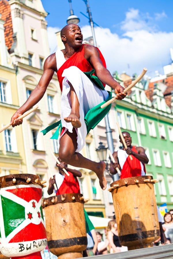Królewscy bębniarze z Burundi, Brave Festival 2013