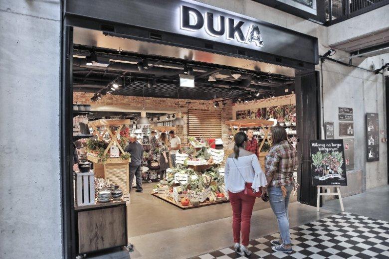 Akcję ''Local Love'' organizuje m.in. sieć DUKA oferująca wyposażenie kuchni i jadalni. Na zdjęciu sklep marki otwarty w Hali Koszyki w Warszawie
