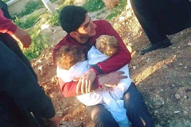Abdul Hamid Youssef stracił w zamachu z użyciem broni chemicznej żonę, dwójkę dzieci i 20 innych członków rodziny.