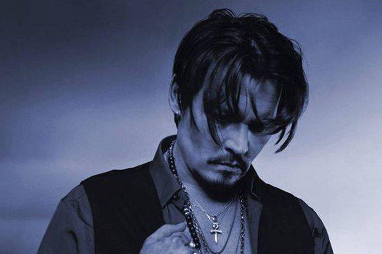 Zdjęcia wychudzonego Johnny'ego Deppa zaniepokoiły jego fanów.