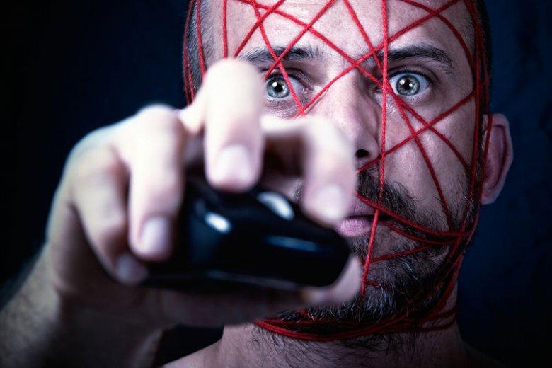 Kto jest większym zagrożeniem dla naszej prywatności – państwo, czy międzynarodowi dostawcy internetowych usług?