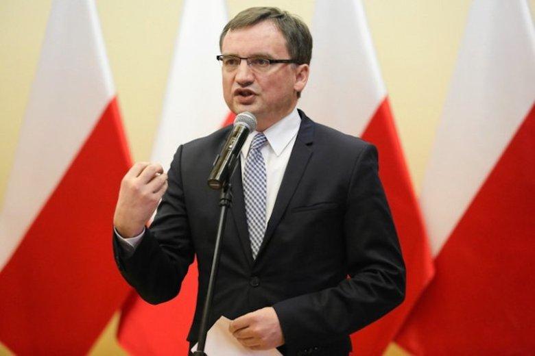 Zbigniew Ziobro skrytykował działania Komisji Europejskiej ws. postępowania przed TSUE.