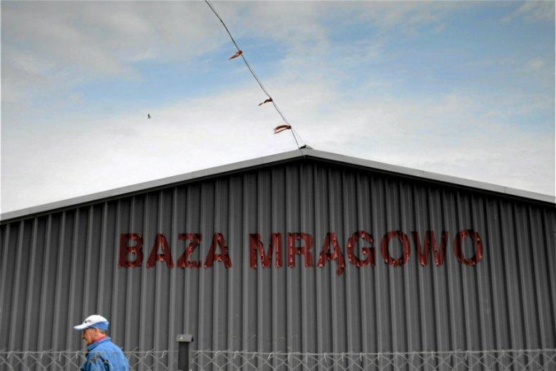 By przetrwać, legendarny klub żeglarski Baza Mrągowo musi liczyć na wsparcie rodziców młodych żeglarzy, opowiada w rozmowie z naTemat Wojciech Jaszczur-Nowicki, prezes.