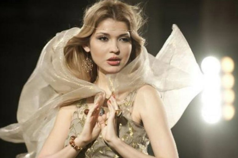 Gulnara Karimova, córka dyktatora Uzbekistanu, jako Googoosha.