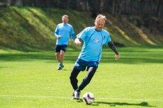 Donald Tusk w południe rozegrał mecz piłkarski z okazji swoich 60. urodzin.