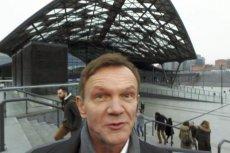 Cezary Pazura jeszcze raz wcieliłsię w postać Adasia Miauczyńskiego.