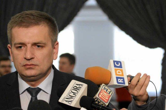 Gotowe są założenia pakietu zmniejszającego kolejki do lekarzy, przygotowanego przez resort Bartosza Arłukowicza.