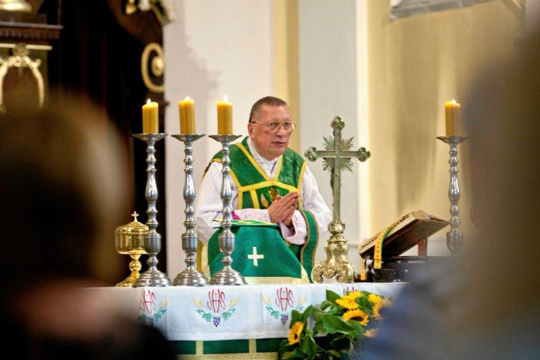 Ten ksiądz jednym zdaniem zaorał cały Episkopat. Pokazał, gdzie ma zdanie biskupów w sprawie nacjonalizmu.