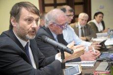 Urzędowe spotkanie z inspektorami UNESCO zostało przerwane zaimprowizowaną modlitwą.