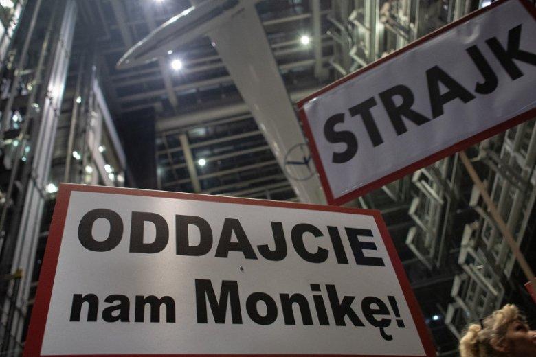 Pracownicy PLL LOT protestują od czwartku.