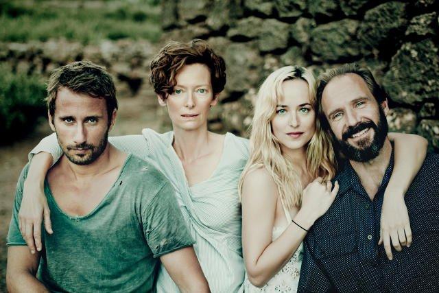 """""""Nienasyceni"""" to emocjonalna, pełna napięcia rozgrywka między czwórką bohaterów."""