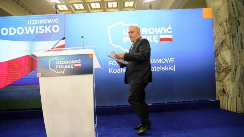 Grzegorz Schetyna zapowiedział utrzymanie programu 500+