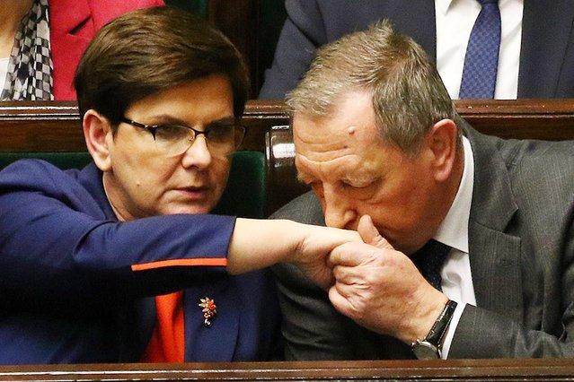 W marcu premier Beata Szydło w Sejmie próbowała zaciekle bronić ministra środowiska Jana Szyszki