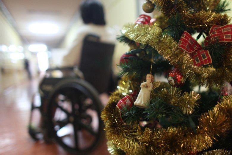 Fundacja Zaczyn szacuje, że przed Bożym Narodzeniem liczba seniorów w szpitalach wzrasta nawet o 20 proc.