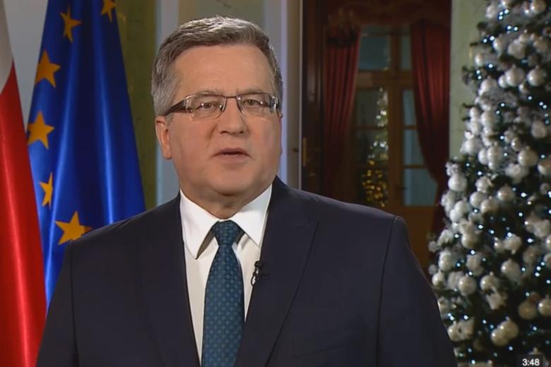 """Prezydent Komorowski w swoim orędziu wezwał do zakończenia """"jałowych sporów"""""""