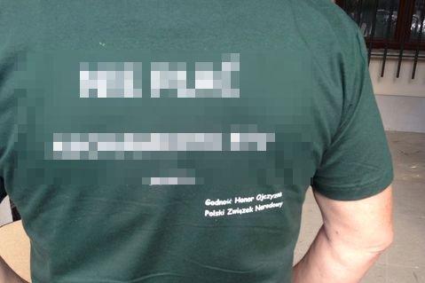 """Dziennikarz """"Rzeczpospolitej"""" o koszulce bojkotującej płacenie abonamentu."""