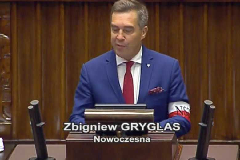 Ten obrazek z posłem Nowoczesnej Zbigniewem Gryglasem wywołał oburzenie lidera partii Razem.