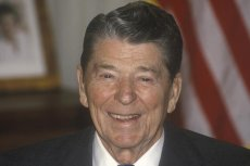 Jak zakończyć międzynarodowy konflikt? Zdaniem Ronalda Reagana - strachem przed obcymi