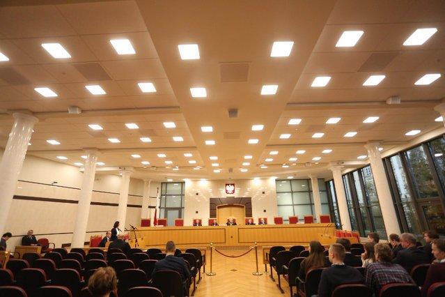 Sędzia Morawski skompromitował Trybunał Konstytucyjny za granicą