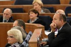 Senat przyjął uchwałę dotyczącą rządu Olszewskiego