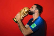Adil Rami opowiedział o kulisach imprezy Francuzów po wygraniu meczu z Argentyną.