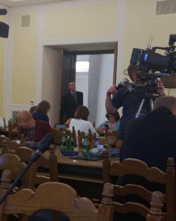 Tomasz Elbanowski na dyskusji o kandydatach na Rzecznika Praw Dziecka.