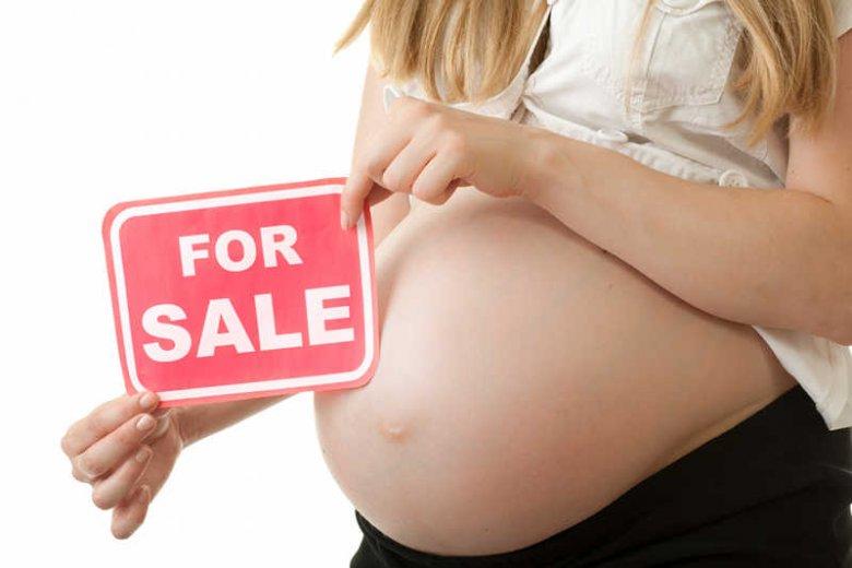 W Polsce nie brakuje kobiet, gotowych wynająć swój brzuch i urodzić dziecko za pieniądze, jako matki zastępcze.