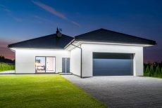 Okna, rolety, drzwi, bramy garażowe - instalację warto zlecić jednej firmie