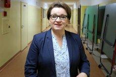 Minister Zalewska z pewnościąbyła zadowolona z wagi tornistrów, bo nie było w nich podręczników.