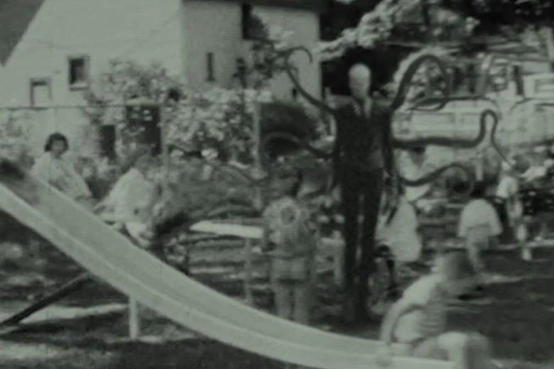 Slender Man to bohater strasznej historyjki z internetu - tak zwanej creepypasty