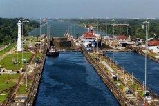 Co roku przez kanał Panamski przepływa ponad 14 tysięcy statków
