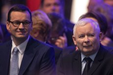 """Czyich rządów bardziej obawiają się Polacy - PiS czy PO? O to zapytano w sondażu IBRiS dla """"Faktu""""."""