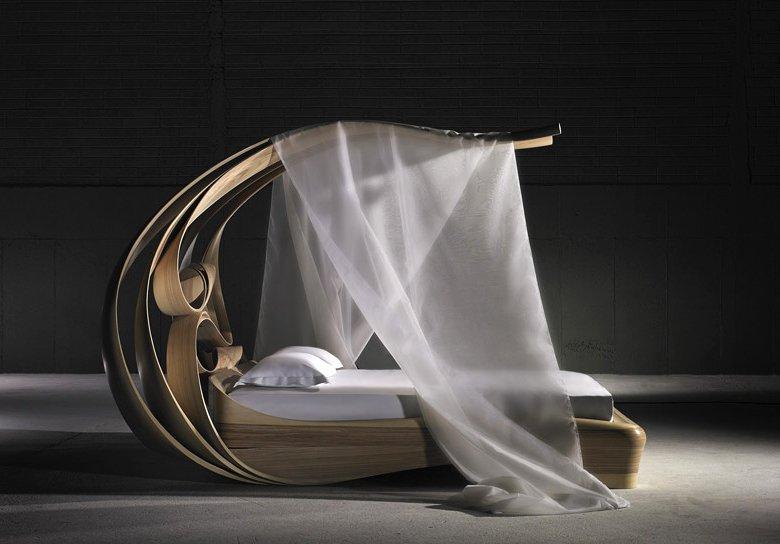 Łóżko z kolekcji Enignum. Zdjęcia dzięki uprzejmości studia [url=http://www.josephwalshstudio.com/] Joseph Walsh [/url]