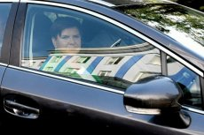 Prokuratura odmawia śledztwa w sprawie zniszczonych dowodów w sprawie wypadku limuzyny wiozącej Beatę Szydło.