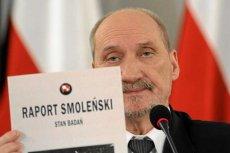 """Antoni Macierewicz uważa, że przygotowywane jest """"gigantyczne fałszerstwo w sprawie zbrodni smoleńskiej""""."""