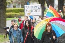 Szef PO Grzegorz Schetyna zapowiada powrót do pomysłu legalizacji związków partnerskich po zwycięstwie nad PiS.