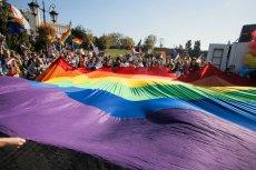 LGBT to pojęcie, które po raz pierwszy pojawiło się w USA. Do powszechnego użycia wszedł w latach 90. XX wieku.