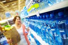 Źródlane, mineralne i stołowe, czyli[url=http://shutr.bz/16bLCbh] jak kwalifikujemy wody butelkowane i które powinniśmy wybierać[/url].