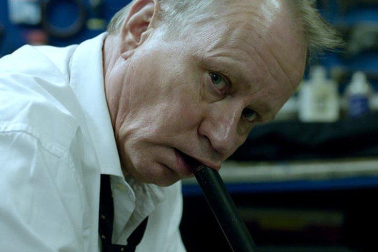 """""""Obywatela Roku"""" zagrał Stellan Skarsgård, którego pamiętamy jeszcze ze świetnej roli w """"Nimfomance"""" Larsa von Triera"""