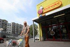 Kto skasuje zakupy Polaków, skoro nie ma chętnych do pracy w Biedronce.